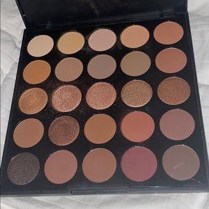 Morphe eyeshadow palette bundle 25A and 25B!